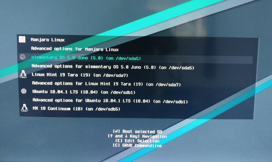 Tampilan Menu Pilihan Linux pada Grub Linux Manjaro